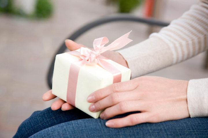 高いプレゼントを渡せば逆効果になることもある