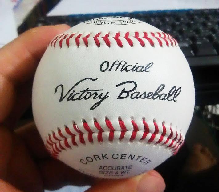 元高校球児の男性会員様からボールをいただきました!